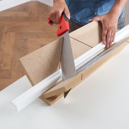Saarpor-Decosa-Decorative-Strip-Moulding-Application1.jpg